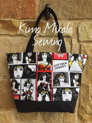 Wonder Woman shoulder bag by KimoMikalaSewing